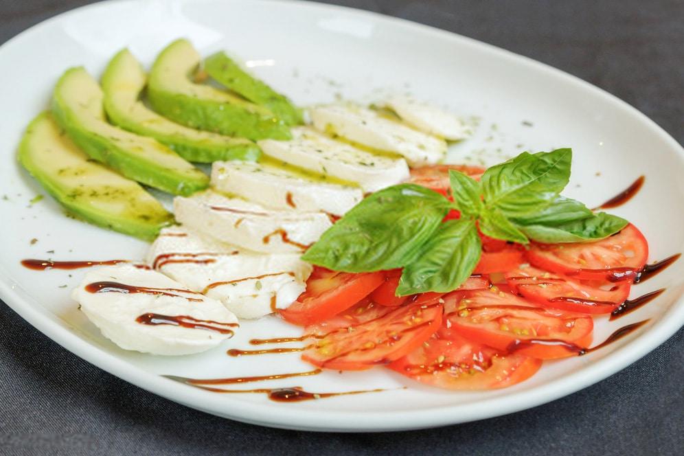 Mozzarella, Tomato and Avocado Salad Recipe